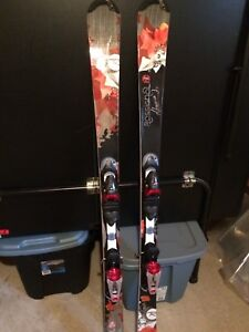 Total women's / girls ski package LIKE new. Used only once