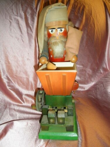"""STEINBACH VINTAGE NUTCRACKER """"MILLER/BACHMULLER OR BAKER, 15"""" TALL - WITH TAG"""