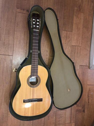 CG Conn C-9 Ltd Classical Guitar C-9 Solid! Nice!