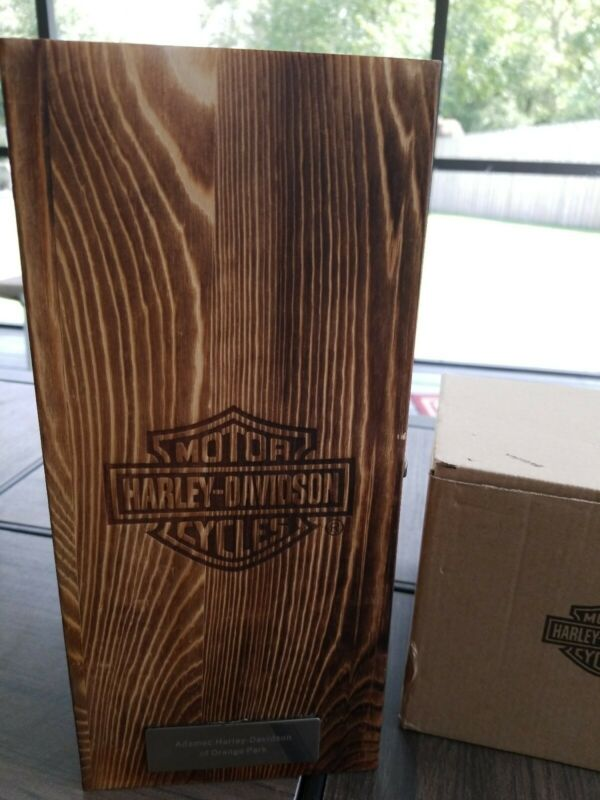 Harley Davidson Motorcycles 36oz Whiskey Classic Decanter w/Collectible Wood Box