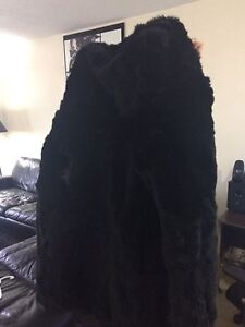 Real Rabbit Fur Hooded Vest (no sleeves)
