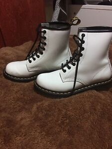 Women's Doc Martens Boots Almost Brand New with Box $80 obo