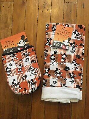 Disney Halloween Kitchen Set 2 Towels & 2 Oven Mitts