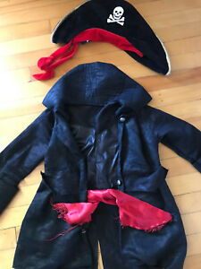 Costume de pirate small (3-4 ans)