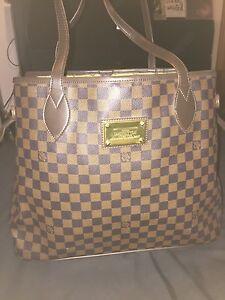 Louis Vuitton Handbag Hoppers Crossing Wyndham Area Preview