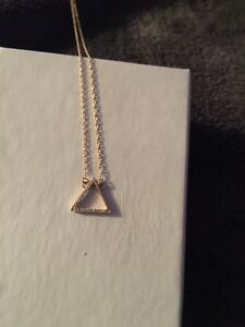 14 carat yellow gold necklace