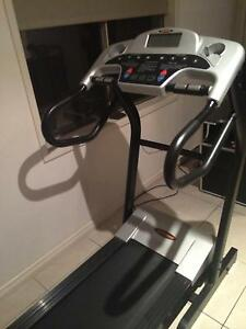 Treadmill with incline Rostrevor Campbelltown Area Preview