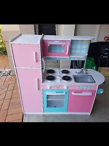 Childs play kitchen Castle Hill The Hills District Preview