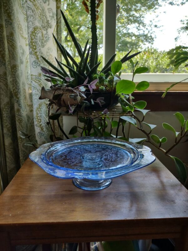 Madrid Recollection Indiana Glass Blue Cake Stand