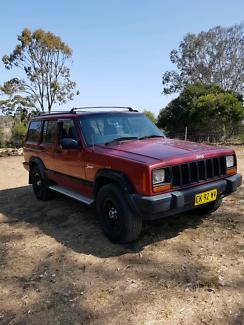 Jeep cherokee XJ sport