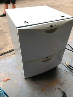 fisher and paykel dish draw diaswasher