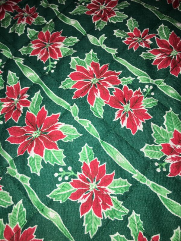 11 Vintage Poinsettia &Green Placemats