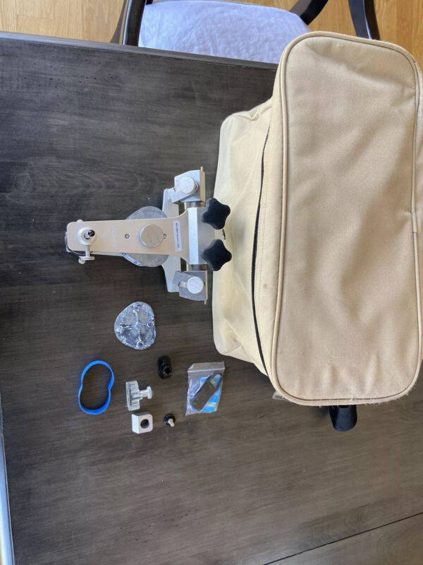 Whipmix 9000S Articulator With Bag And Extras