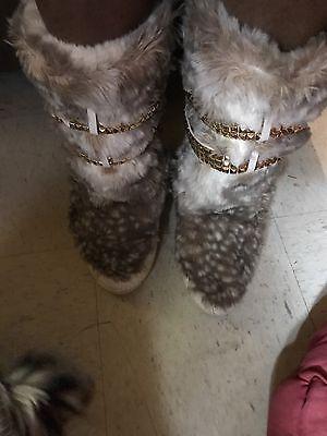 Authentic Michael Kors Moon Snow Boots Sample