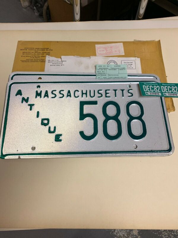 Brand New Vintage Antique 1982 Massachusetts License Plates