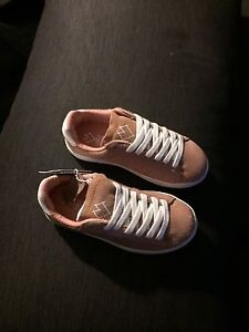 Shoes kid size 28