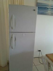 Fridge LG approx 320L Marcoola Maroochydore Area Preview