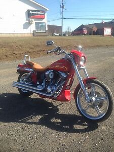 01 Harley fxdwg2 15600MILES clean with pipes and other extras