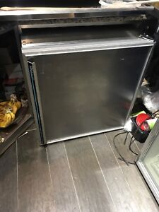 Commercial Undercounter Fridge