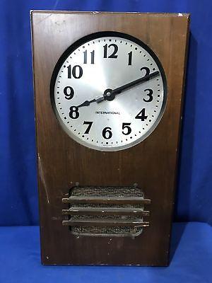 Business Machines - 1939 International Business Machines WALL CLOCK W/QUAM SPEAKER IN WOOD FIXTURE
