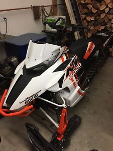 2015 ARCTIC CAT M8000