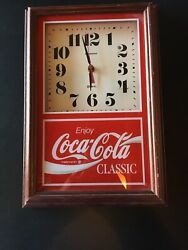 VINTAGE COCA-COLA CLASSIC HANOVER QUARTZ WALL CLOCK