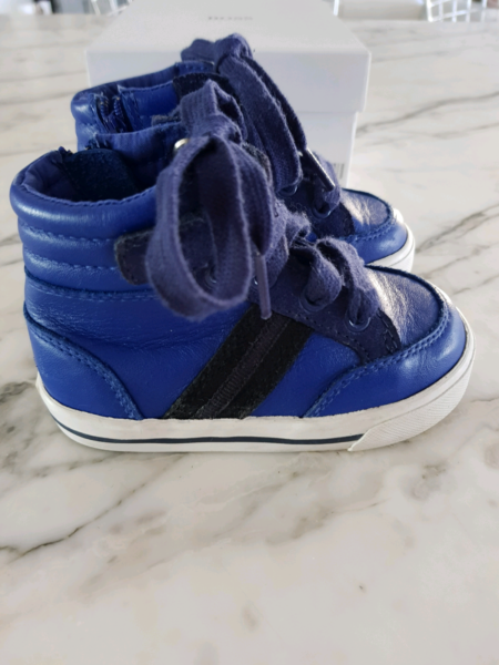 9322bc51926153 ... Hugo Boss Baby Boy Shoes Kids Leather High Top Trainers Blue Foot  Illawong Sutherland Area image ...