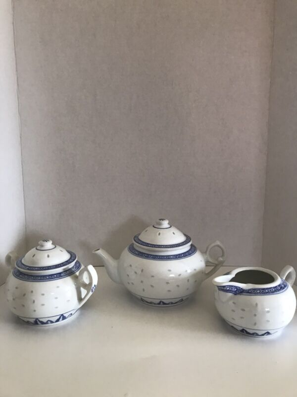 CHINESE BLUE & WHITE DRAGON EYES RICE PORCELAIN 5 PIECE TEA SET ALL MARKED CHINA