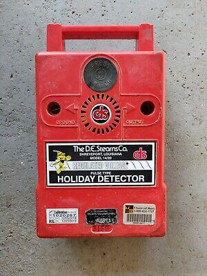 De Stearns Holiday Detector Model 1420 Pulse Type Regulated Voltage