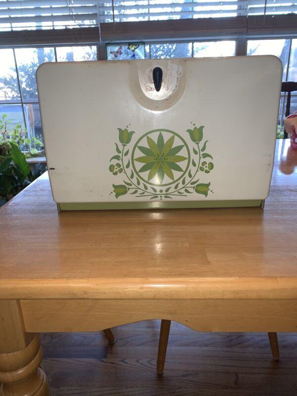 Harvell - Kilgore Vintage Bread Box