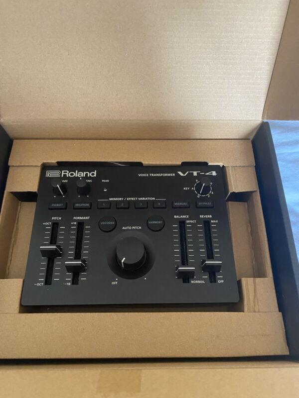 Roland VT4 Vocal Transformer