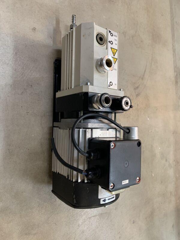Leybold D2.5E 220-240VAC P 0.01mbar