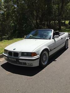 CONVERTIBLE  BMW 328i  SIX CYLINDER MANUAL PRESTIGIOUS SPORTS CAR Engadine Sutherland Area Preview