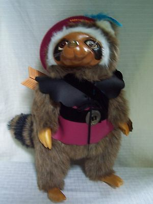 Robert Raikes ROBIN Raccoon 660331 Signed Numbered Made in 1989