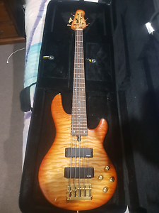 Yamaha 5 string bass Caboolture South Caboolture Area Preview