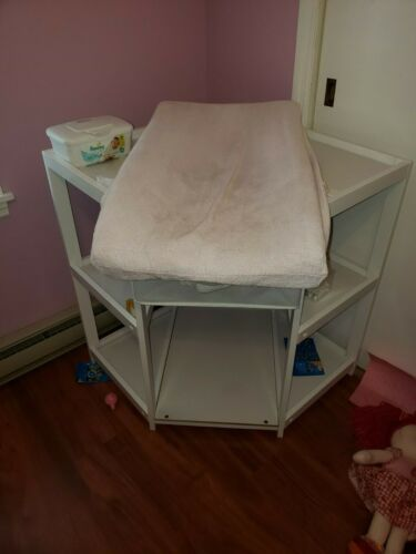 WHITE CORNER INFANT CHANGING TABLE - LOCAL PICKUP ONLY