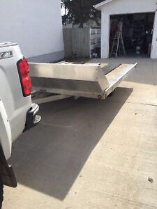 Snowmobile trailer