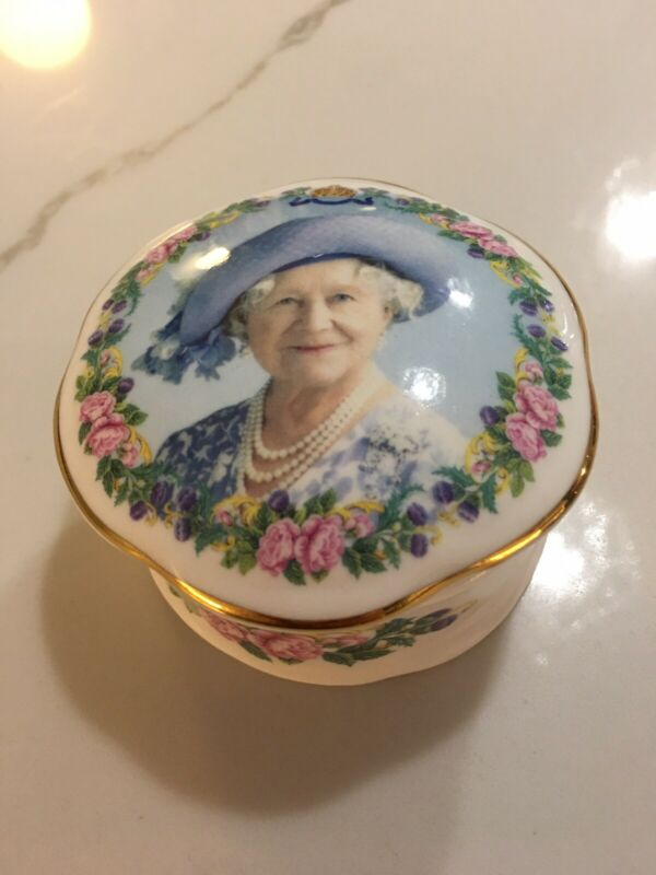 DAVID BRADBURY QUEEN ELIZABETH TRINKET BOX