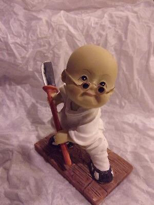 Little Monk Of Chinese Shaolin Kung Fu Boy Resin Figurine Figure Kwan Dao