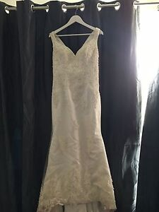 Wedding dress size 12-14 Uralla Uralla Area Preview