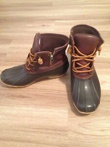 Sperry winter boots size 7.5