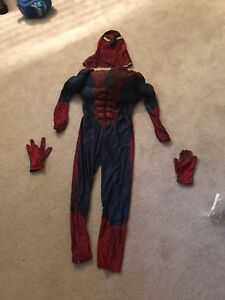 Boys size 7-8 spider-man costume