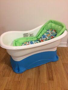 Baby bath tub - Summer Infant