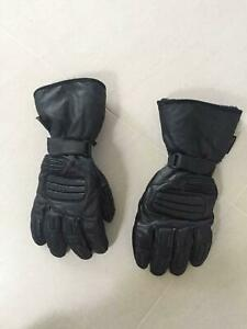 Thinsulate 3M motorcycle gloves size XL Port Macquarie Port Macquarie City Preview