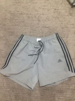 Men's Adidas Shorts Size L