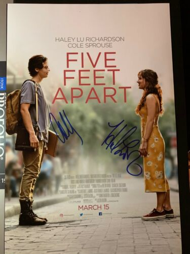 COLE SPROUSE SIGNED FIVE FEET APART PHOTO 12X18 HALEY LU RICHARDSON AUTOGRAPH