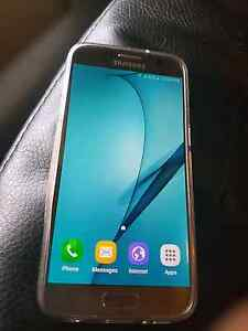 Silver Samsung Galaxy s7 $650 ono Dubbo Dubbo Area Preview