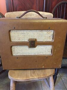 Vintage Gibson Guitar Amplifier