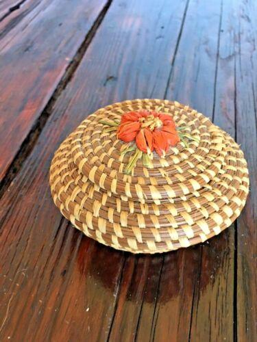 Vintage Small Round  Pine Needle Basket W/Lid