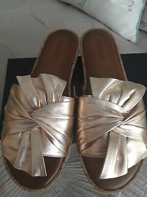 Inuovo gold leather mule sandals 6